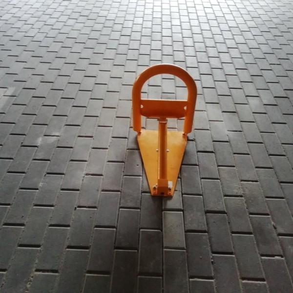 Monta-zapor-parkingowych-CAME-UNIPARK8